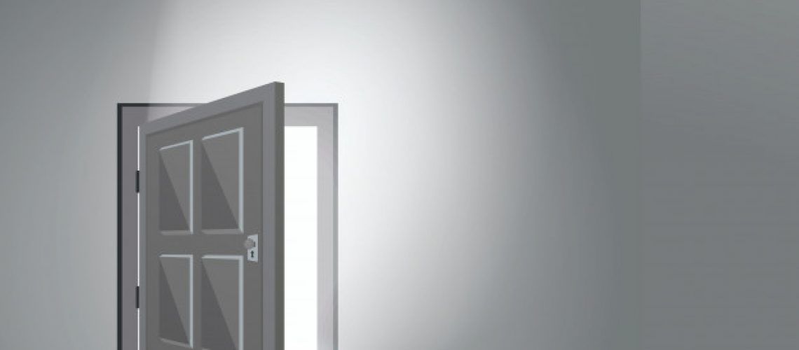 room-door-open_1284-4688